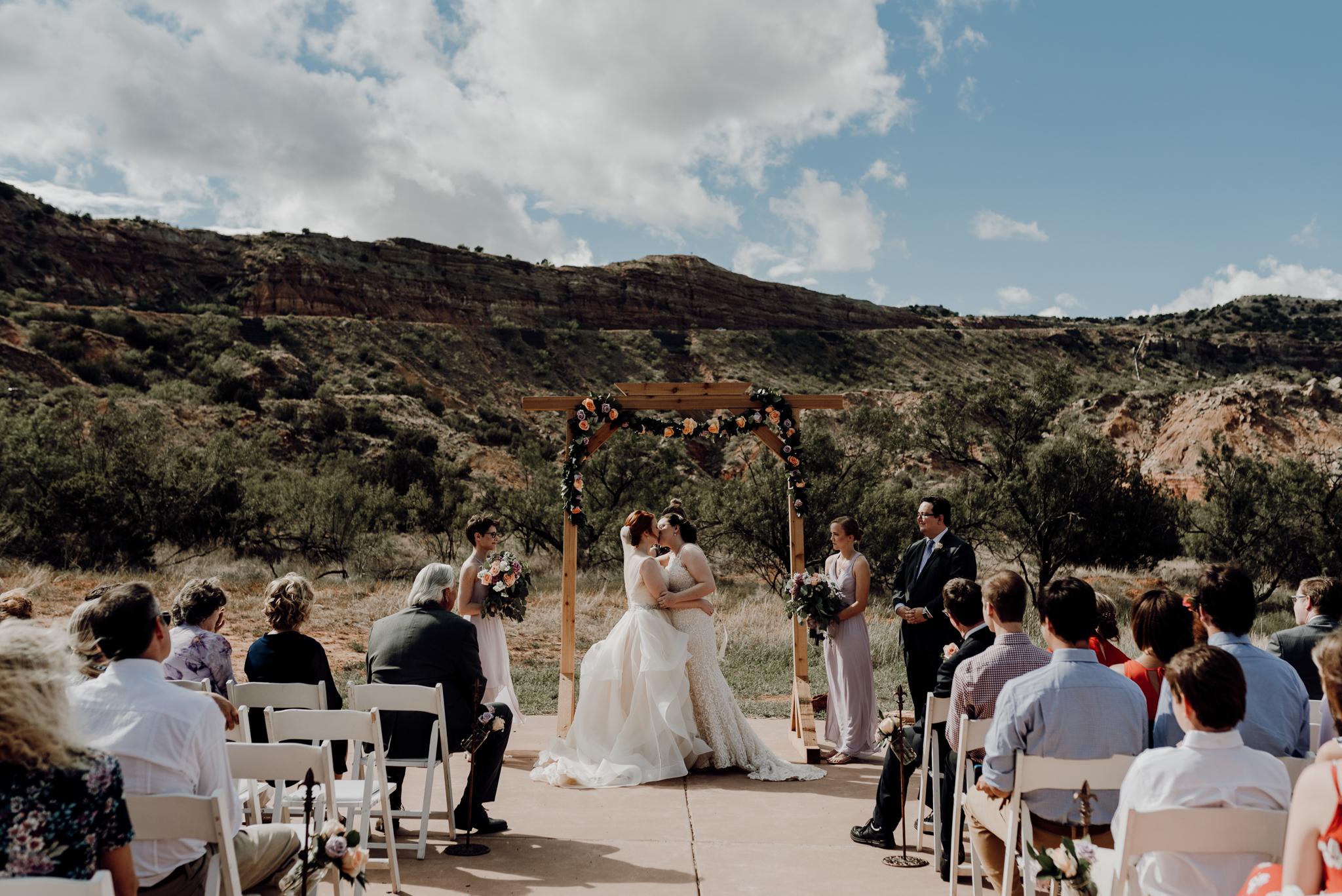 Texas Wedding Photographer-Palo Duro Canyon Sam Sex Wedding- Houston Wedding Photographer -Kristen Giles Photography-29.jpg