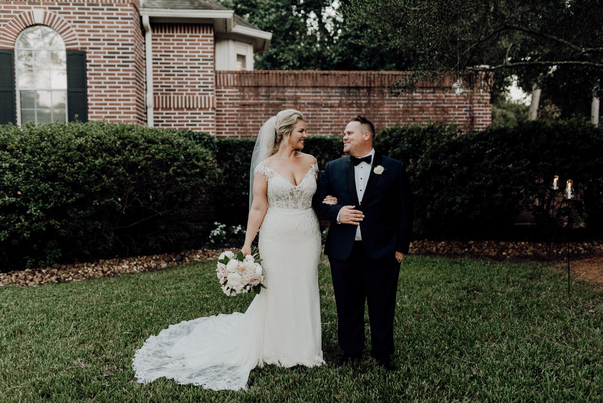 Houston Wedding Photographer-Intimate Texas Backyard Wedding- Houston Wedding Photographer -Kristen Giles Photography-58.jpg