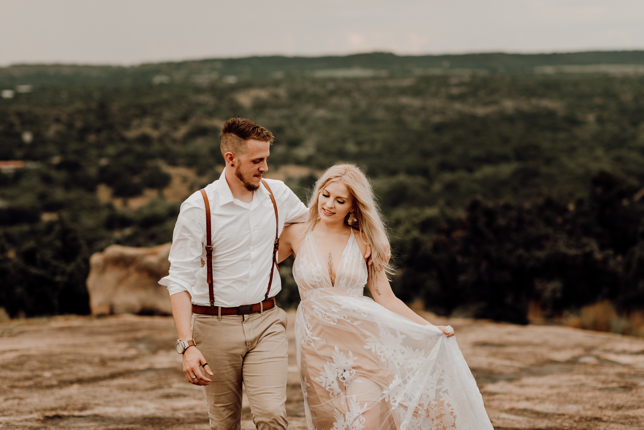 texas-elopement-photographer-enchanted-rock-31-blog.jpg