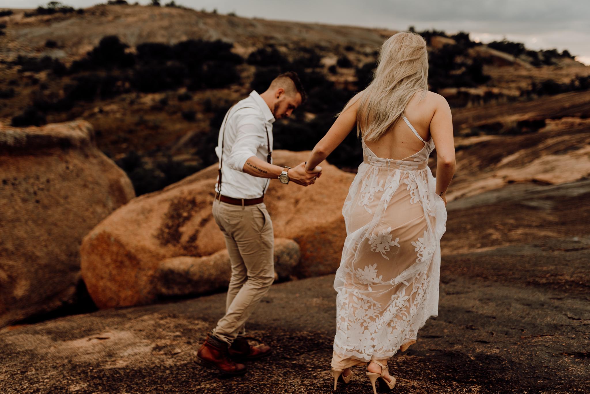 texas-elopement-photographer-enchanted-rock-36-blog.jpg