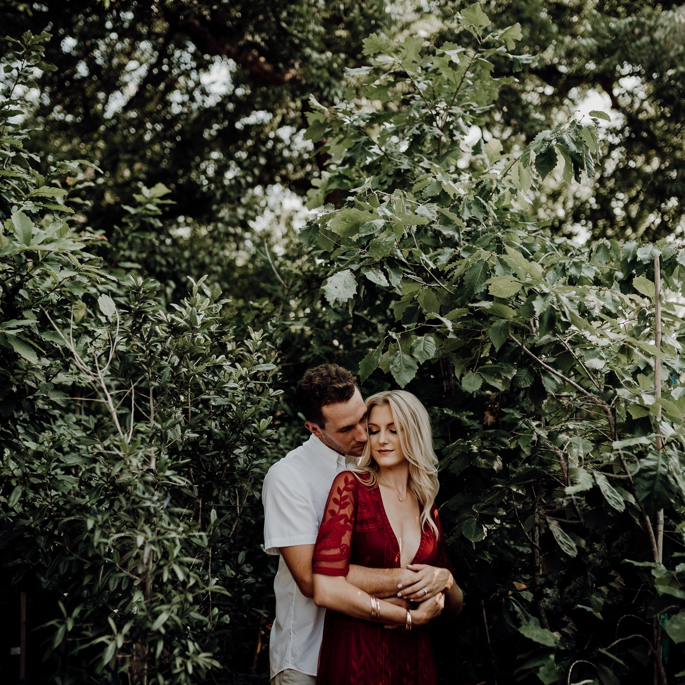 kristen+giles+photography+%7C+texas+wedding+photographer+-+austin+plant+shop+engagement+session-17-blog.jpg