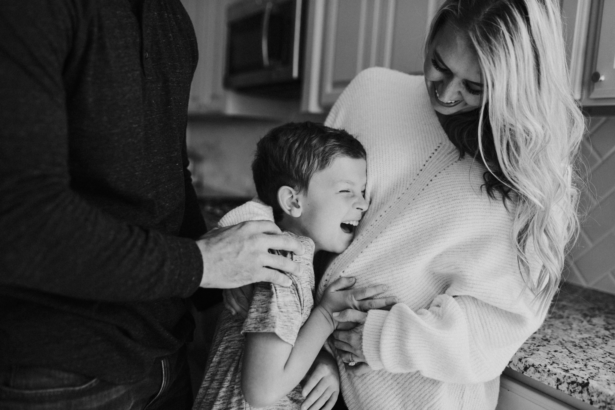 houston-wedding-photographer-in-home-maternity-session-puppies- Houston Wedding Photographer -Kristen Giles Photography-27.jpg
