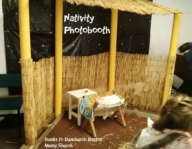 60b9b524081b9f2c4775631d33672ed1--christmas-garlands-christmas-nativity.jpg