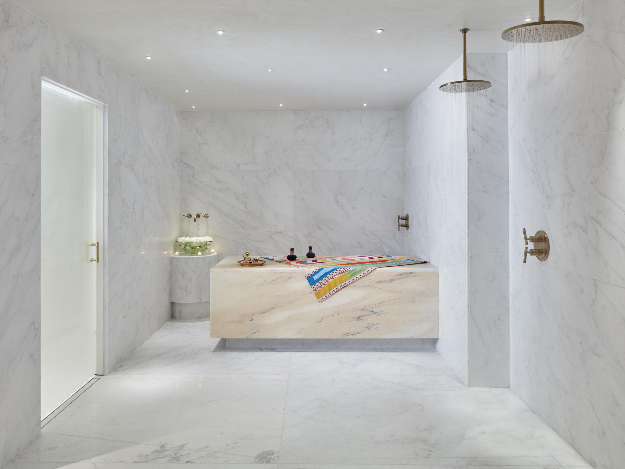 Tierra Santa_Scrub Room_Photo by Nik Koenig.jpg