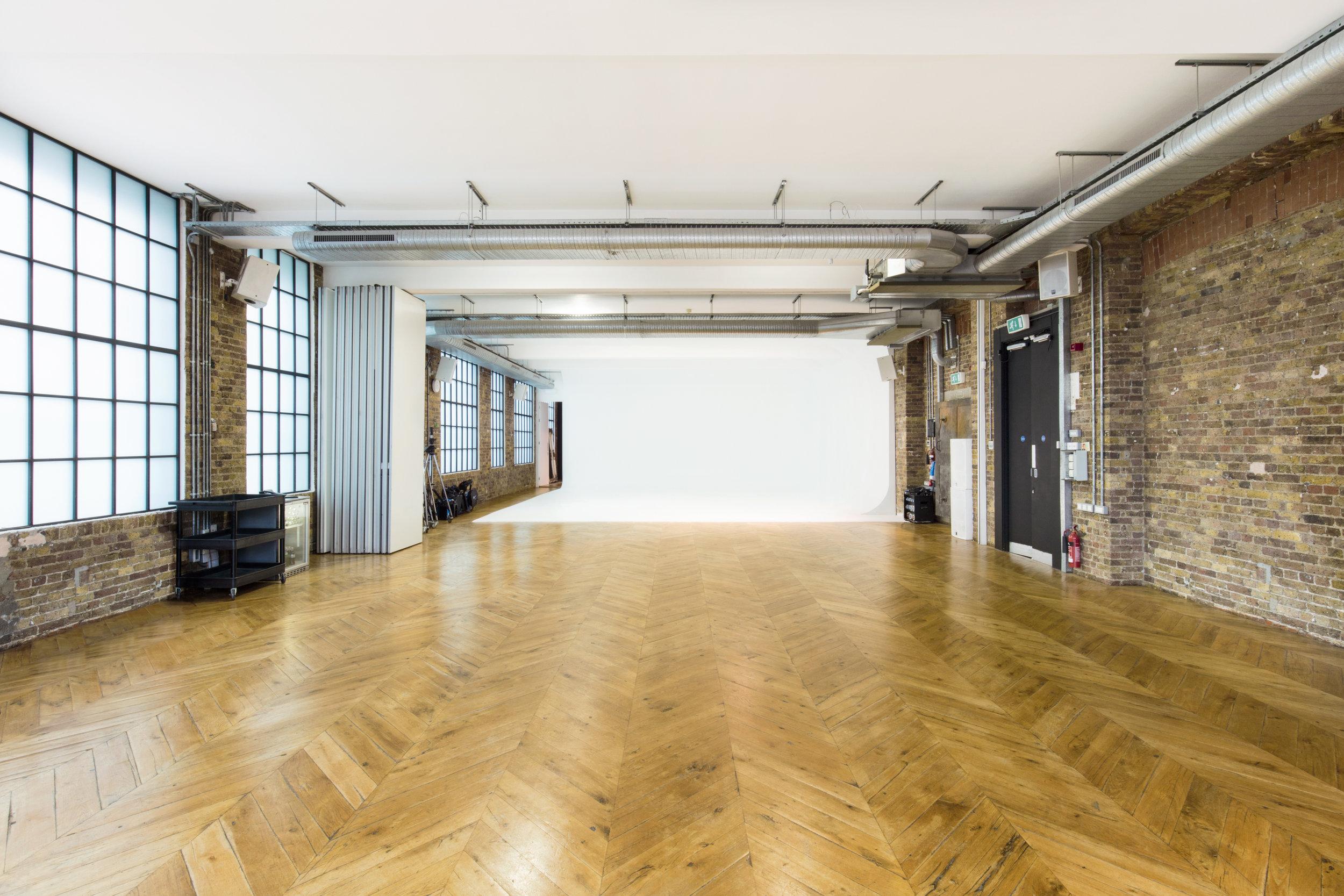 Studio I-J 1.jpg