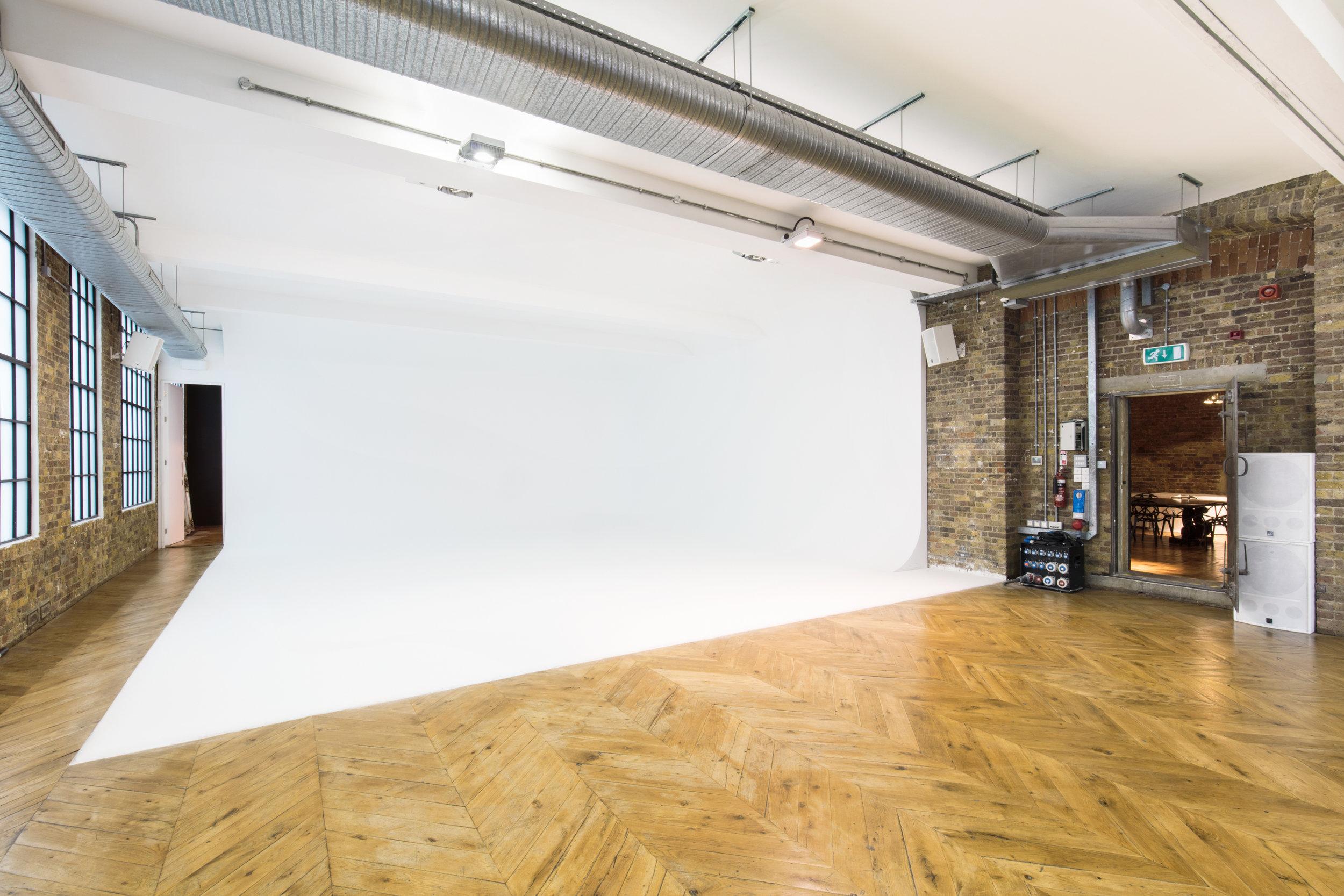 Studio I-J 3.jpg