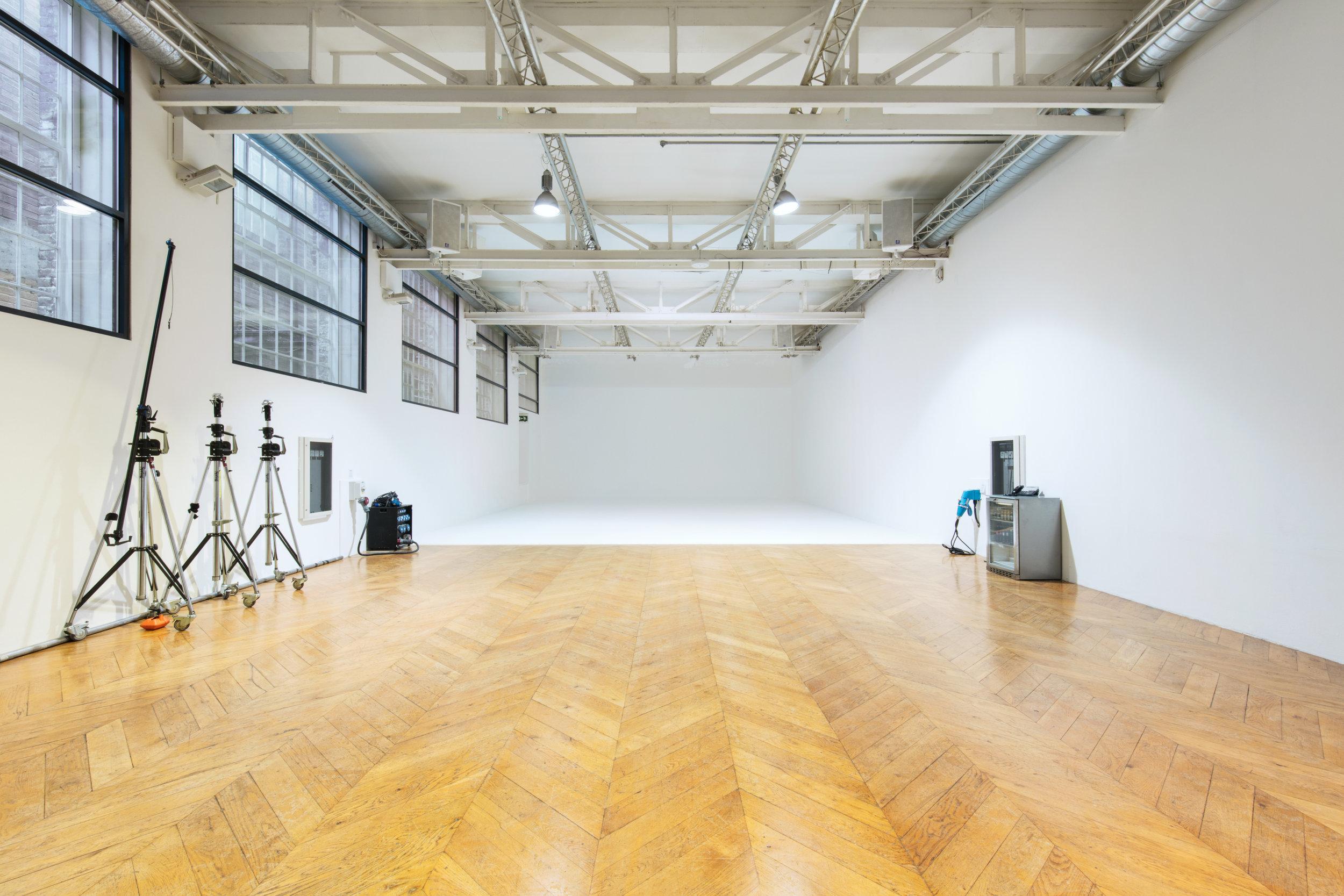 Studio G 1.jpg