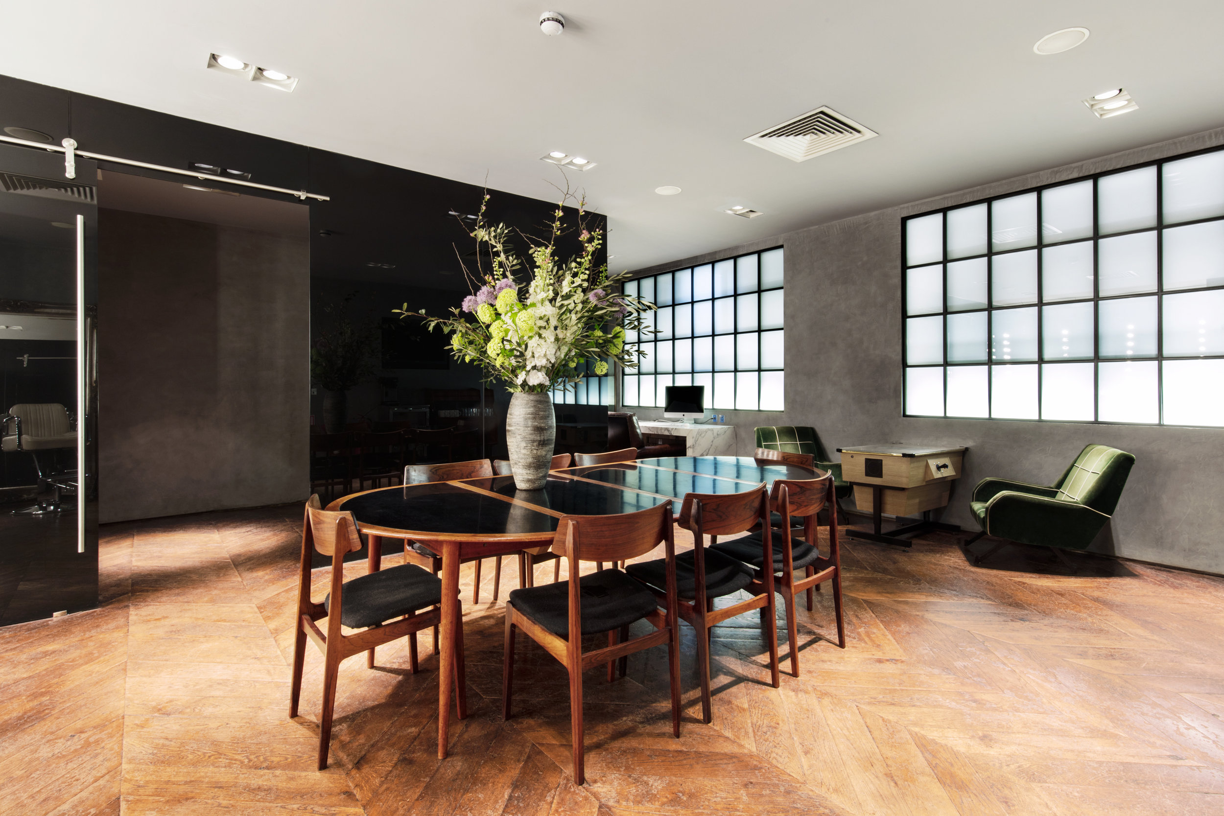 Studio G Lounge 4.jpg