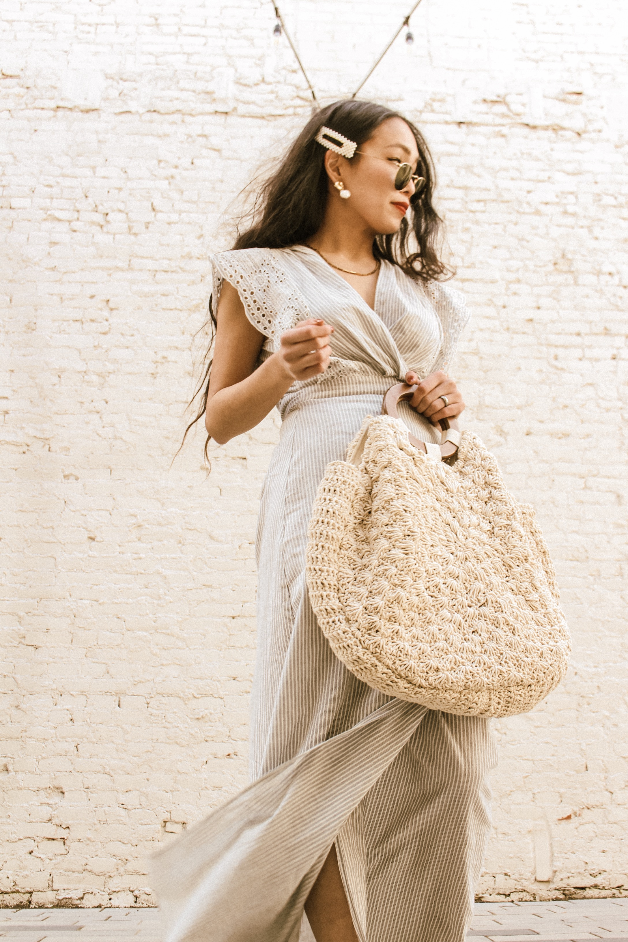 2: MACRAME/WOVEN BAG - Oh. My. God. These bags are literally my wardrobe game changers. I got my first one last spring, and I can't even count how many outfits I've styled with it. And then I added a new one this spring so I will be using these bags like I'm addicted. (I am though…) They are soft - almost like cotton totes! There are so many of these bags out there, but I personally LOVE the bigger ones because 1) You can carry SO MUCH which is perfect for people like me who carries a lot of things, 2) But you won't look like a bag lady, you would still look SO cute!