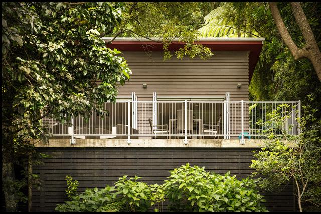 Aruhe Cottage Front web v2.jpg