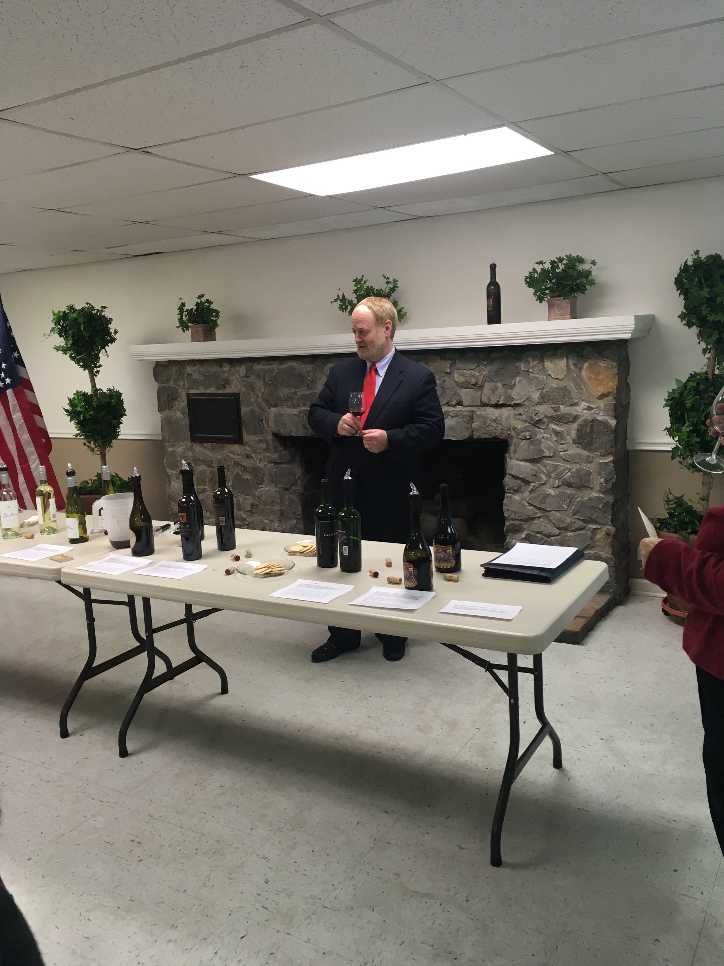 Randy Black leads a seminar on rating wines by scoring clarity, bouquet, taste, finish and overall appeal. From moscato to Zinfandel to Cabernet to Pinot noir, the participants spent time rating 9 wines