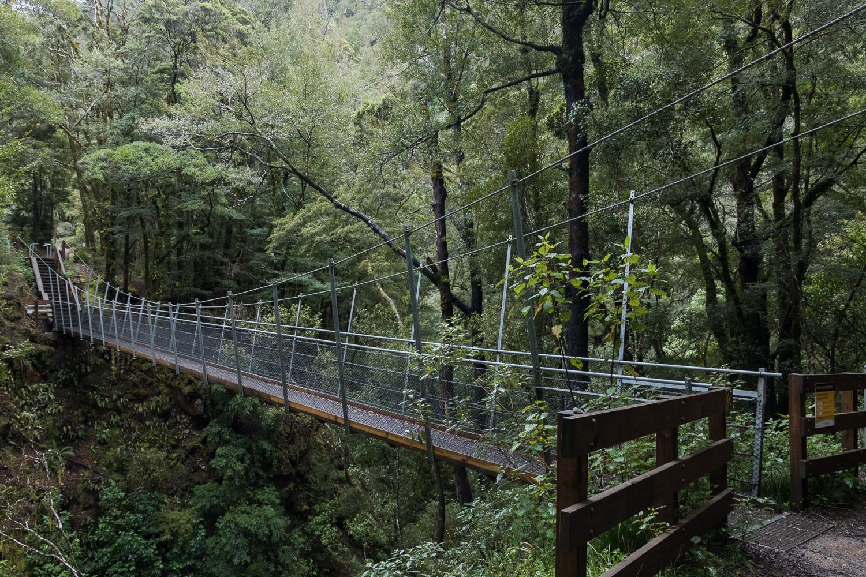 Drawbridge New Zealand hiking