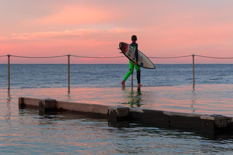 boy_surfer_sydney