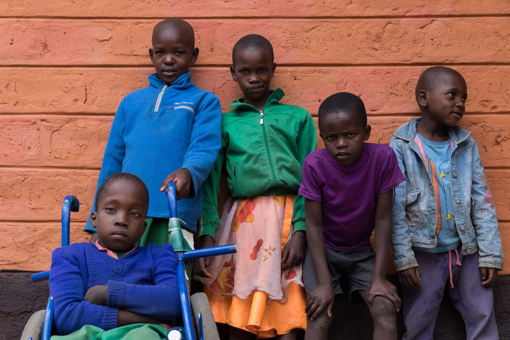 kenya_schoolchildren_portrait