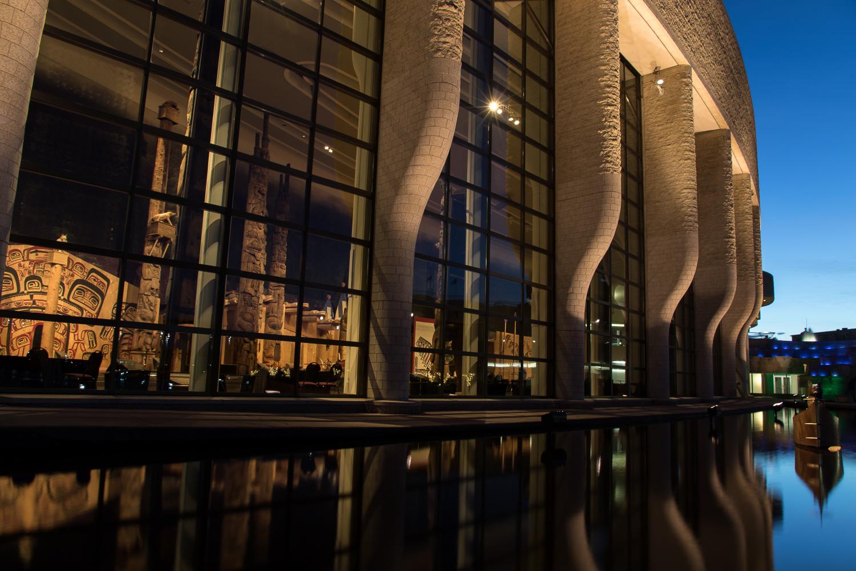 quebec_museum_night-1.JPG