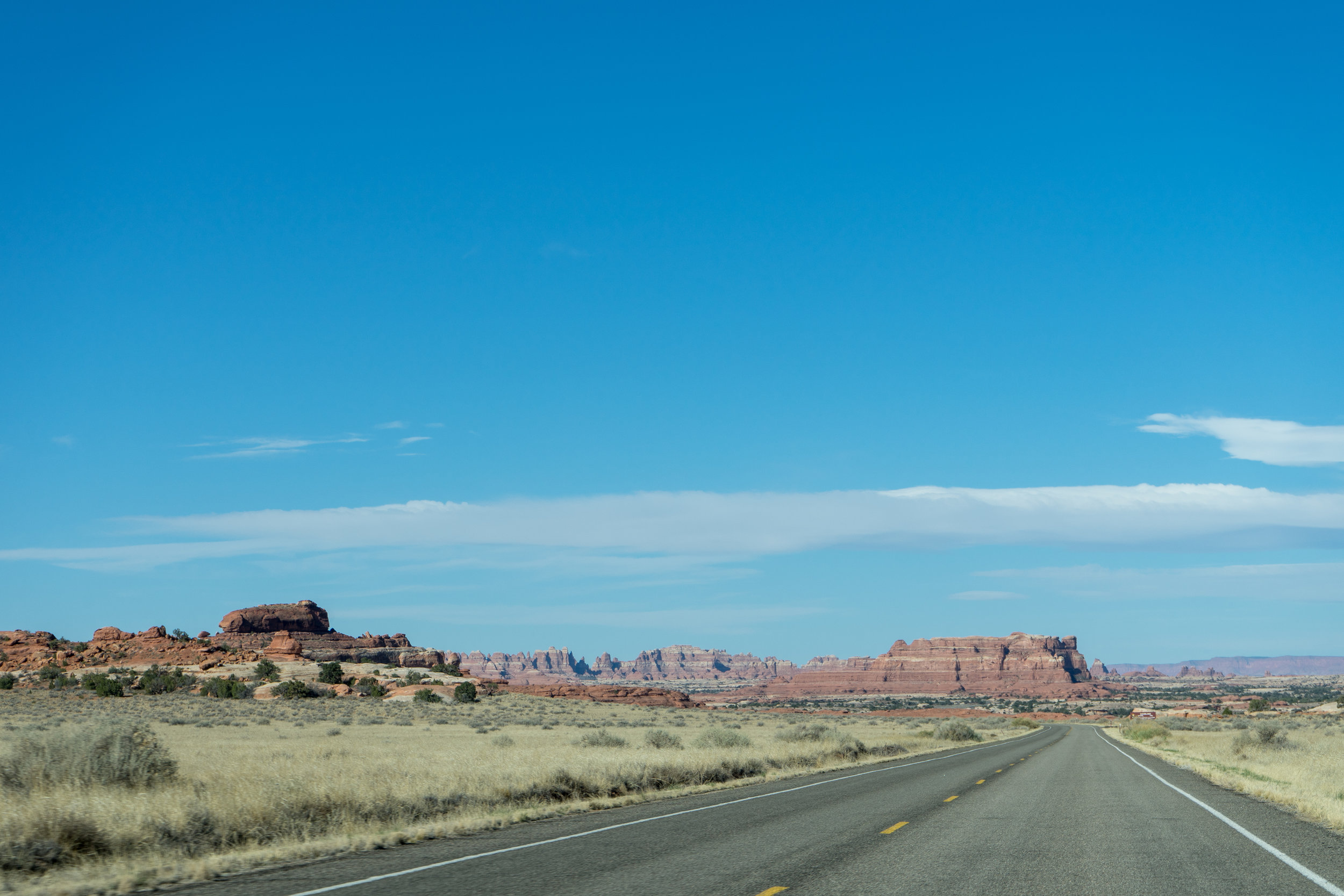 The drive into the Needles