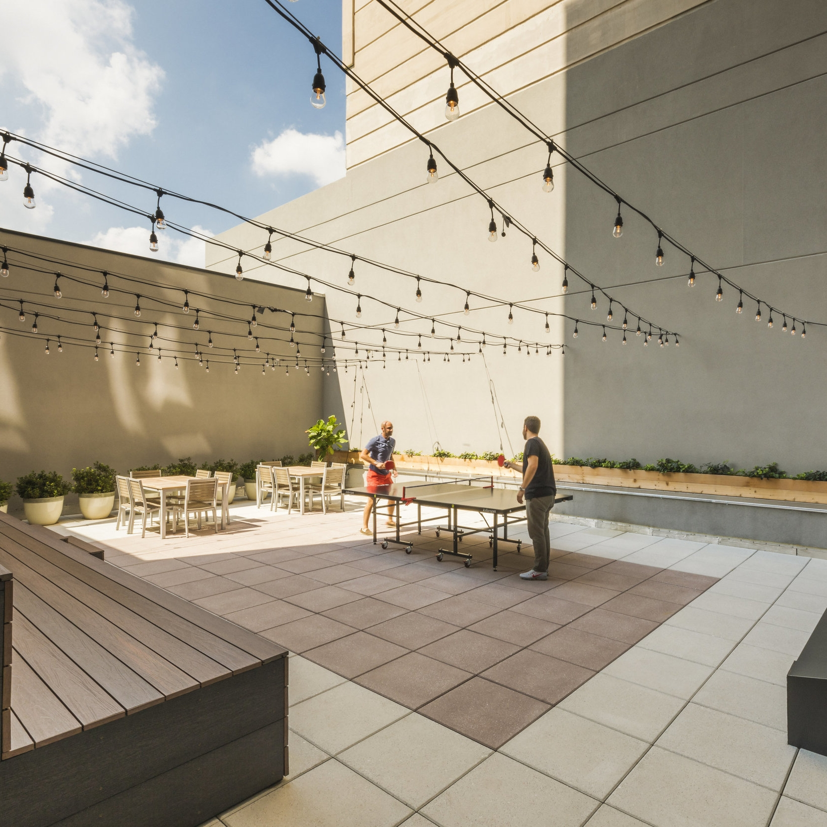 Ping-Pong, Courtyard, Theater