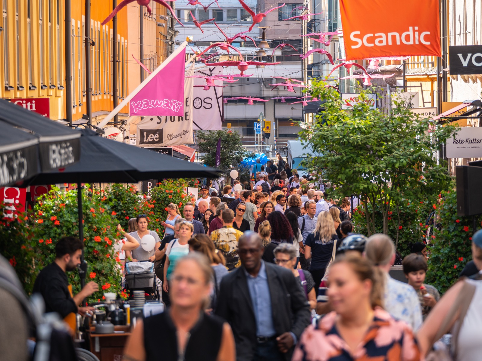 Gamla Brogatan 28 aug 2019 - --ME - @content_by_me - ©Mike Eriksson-1866792-resize-1600.jpg