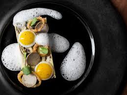 Restaurant Senia  http://restaurantsenia.com/