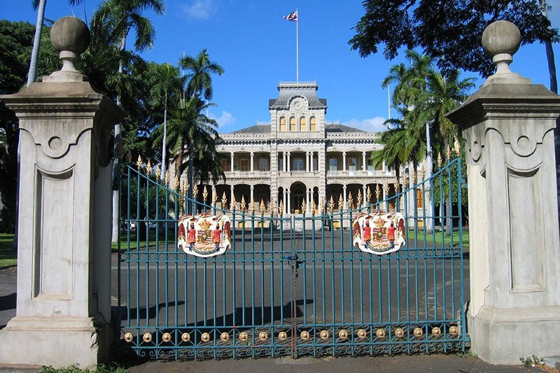 'Iolani Palace - This was the royal residence of the rulers of the Kingdom of Hawaii beginning with Kamehameha III and ending with Queen Liliʻuokalani.  https://www.iolanipalace.org/