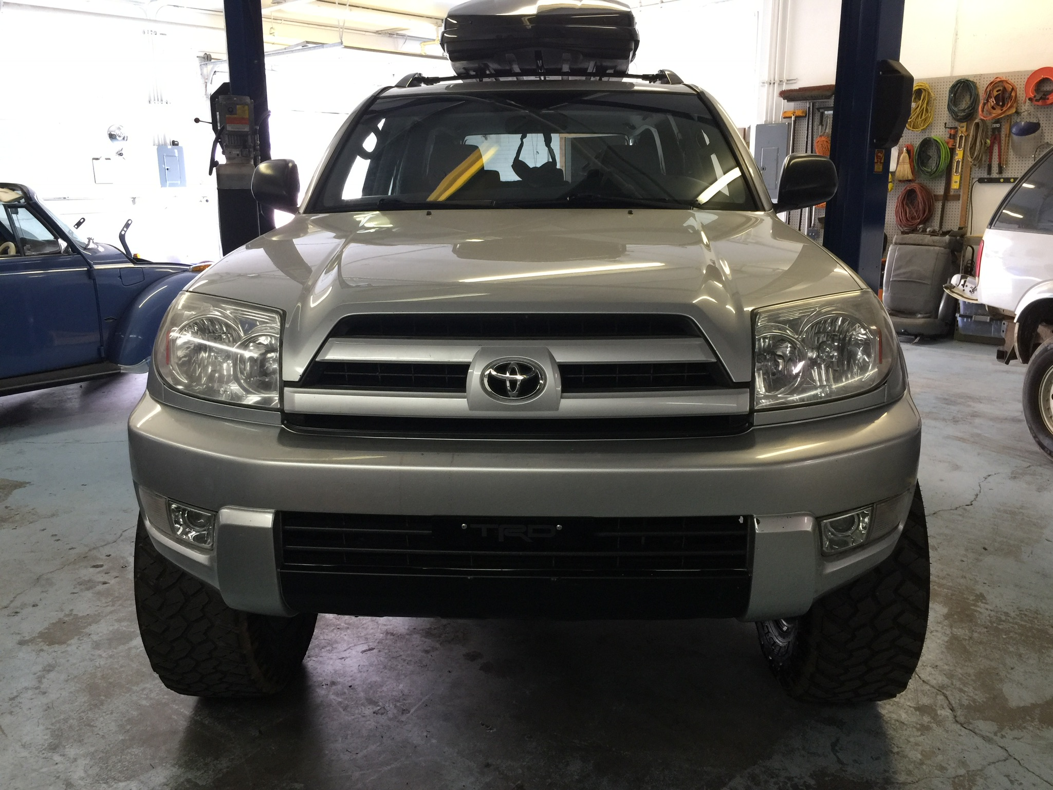 GalleryGarage20034Runner.JPG