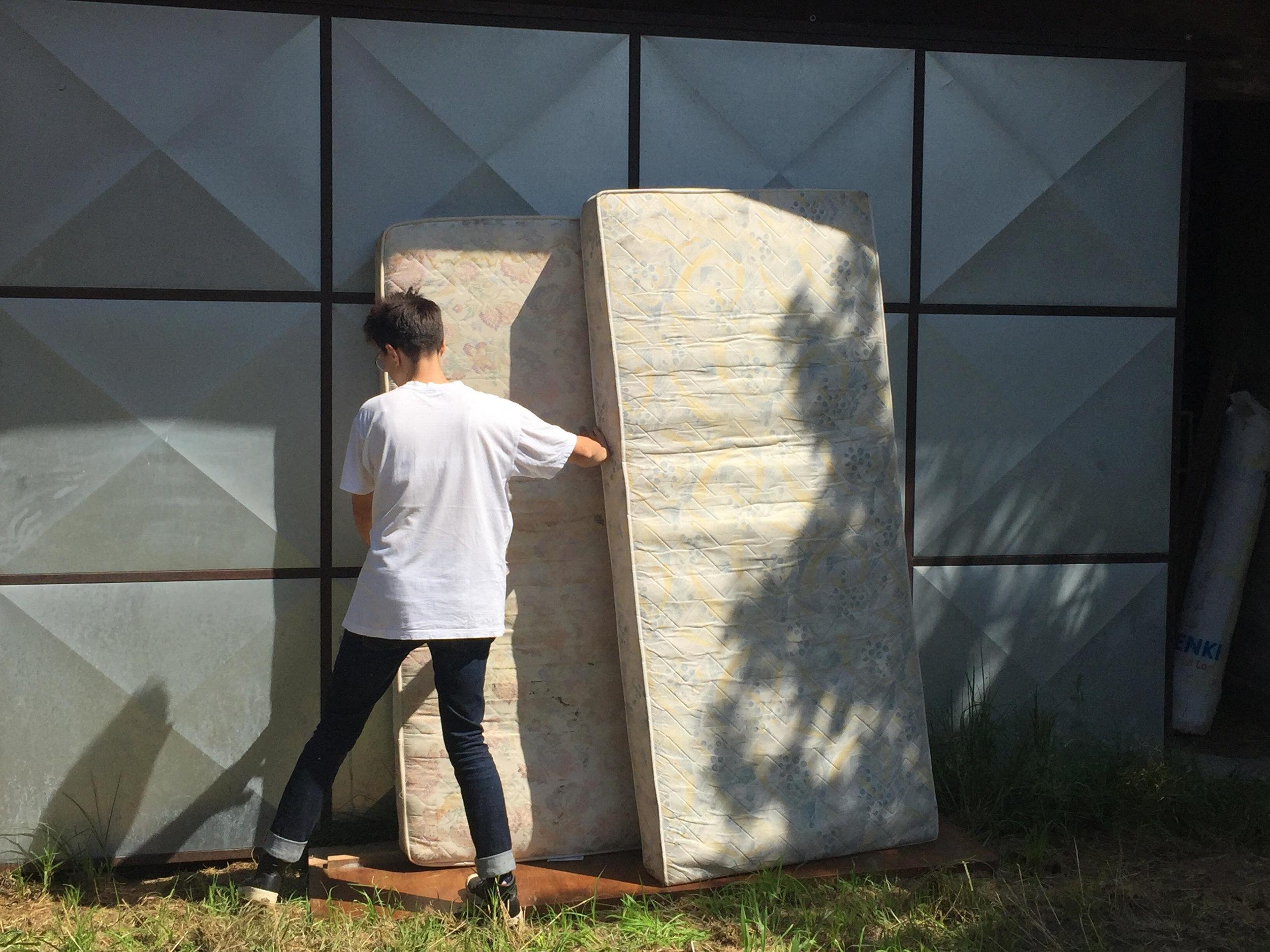 Day 5 & 6: visiting Virije, finding mattresses