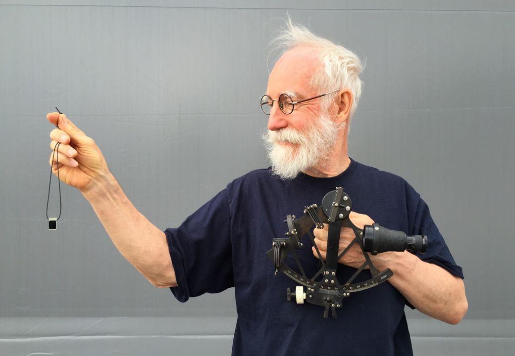 Sven Yrvind showing his Bris Sextant Photo by: Yrvind