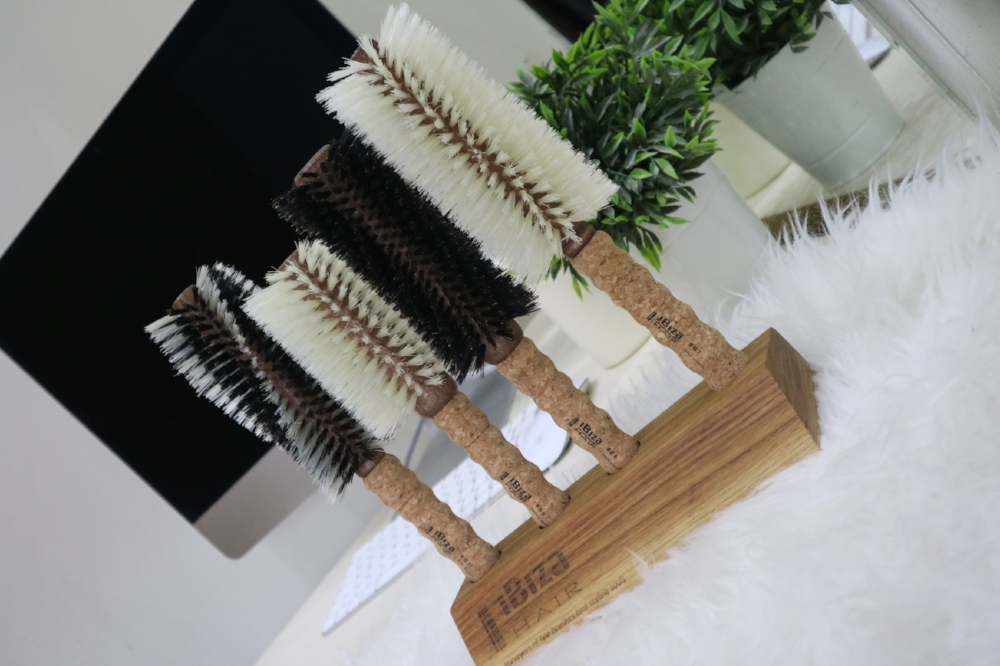 Ibiza Hair tools & holder.JPG