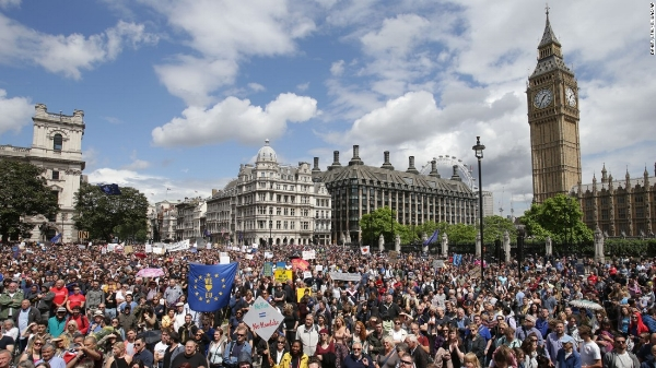 Brexit protest in London. Image courtesy of CNN.