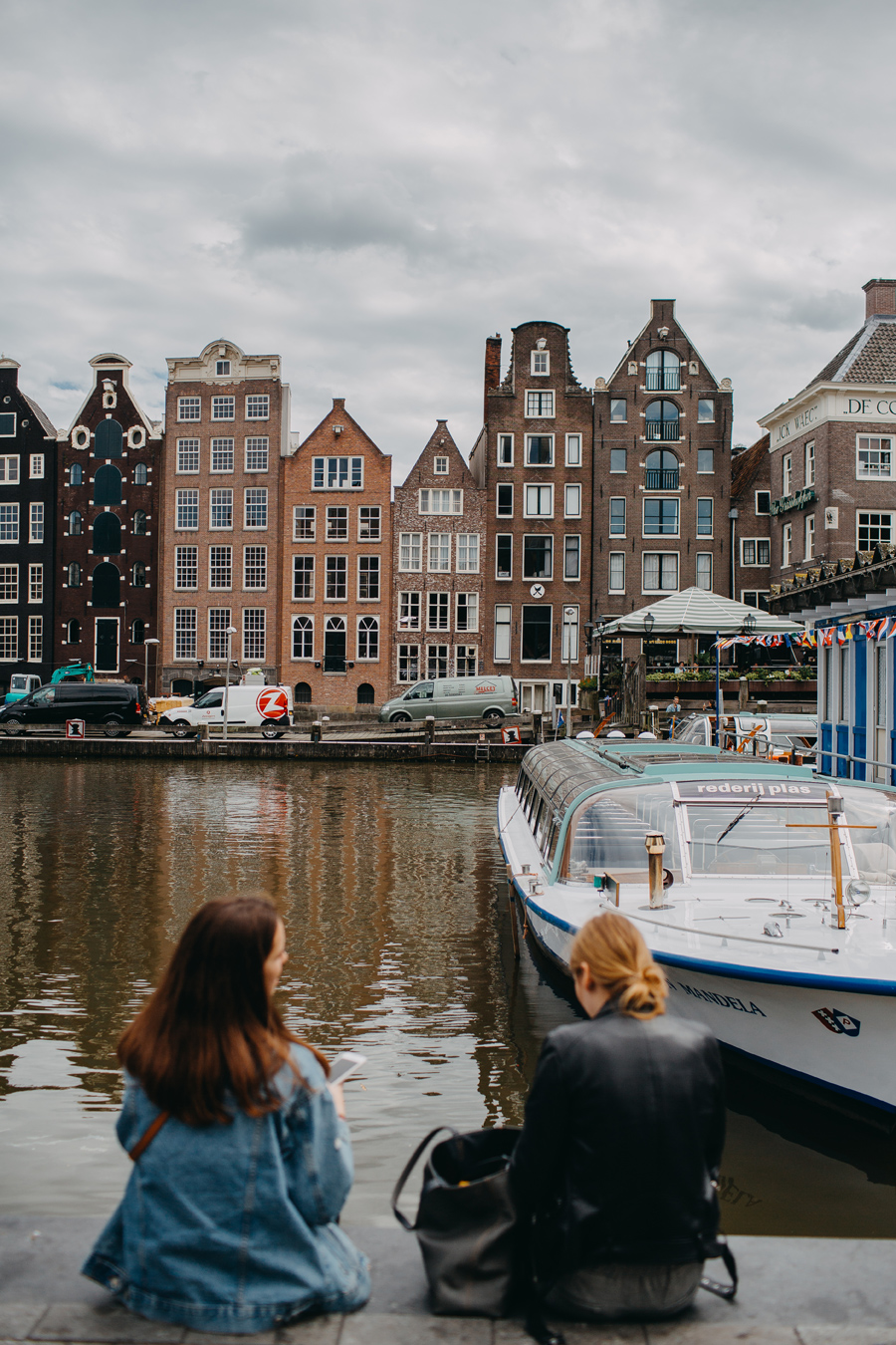 016-amsterdam-bikes-travel-photography.jpg