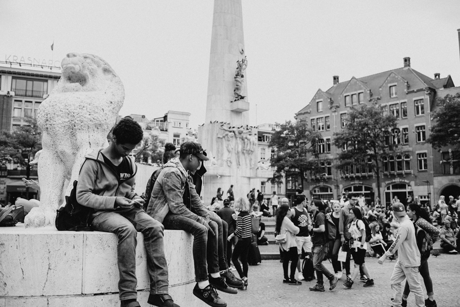 014-amsterdam-bikes-travel-photography.jpg