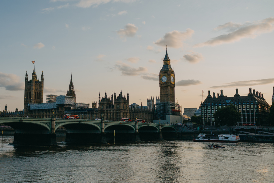 053-london-street-photography-travel-food-england-united-kingdom-st-pauls-cathredral-parliment.jpg