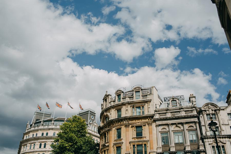 047-london-street-photography-travel-food-england-united-kingdom-st-pauls-cathredral-parliment.jpg