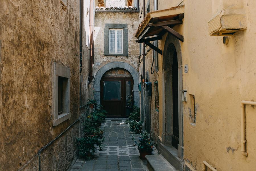002-italy-rome-civita-orvieto-castle-italia-travel-photography.jpg