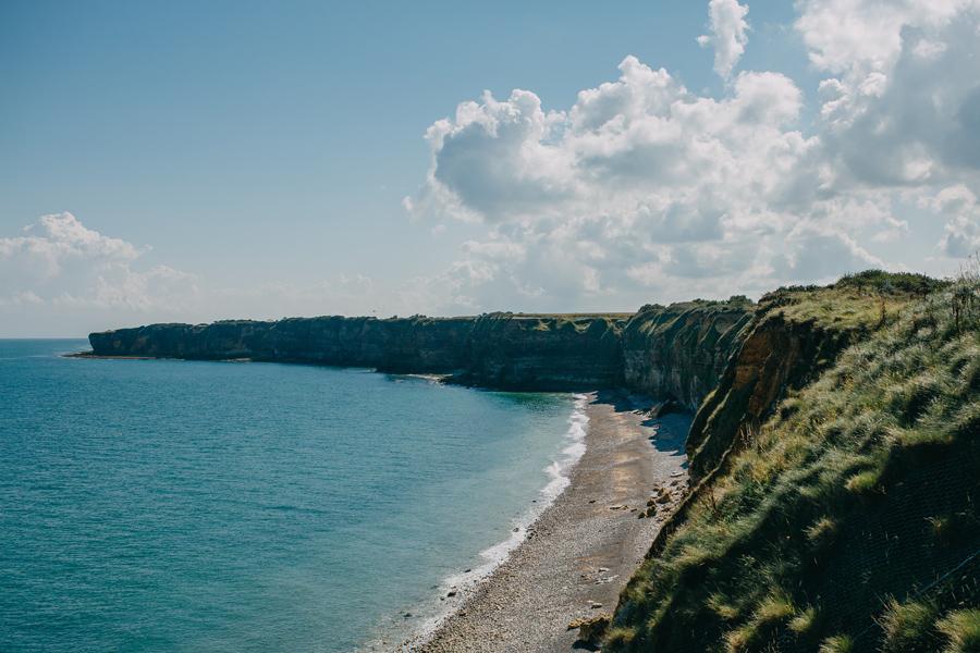042-france-normandy-british-usa-world-war-ii-troops-beach-water.jpg