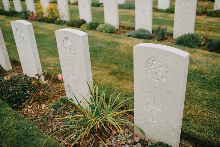 002-france-normandy-british-usa-world-war-ii-troops-beach-water.jpg