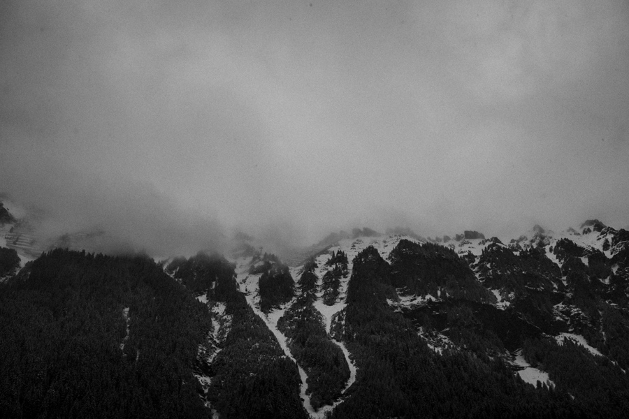 027-switzerland-mountains-snow-travel-photography.jpg
