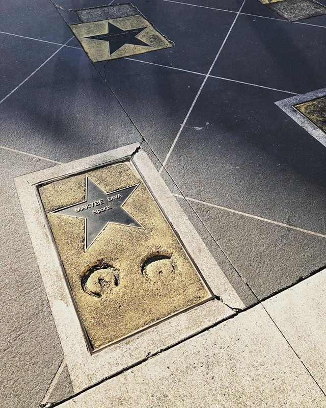 #ardc2018 DAY2 #CONNECTING #regional #australia FROM #rural #digitaldevide by Amber Marshall @jamescookuniversity TO #remote #mobilenetwork by Steve Rogers @centreforappropriatetech + On Demand Transport @transportfornsw ::: 📷 Australian Walk of Fame @tweedshirecouncil