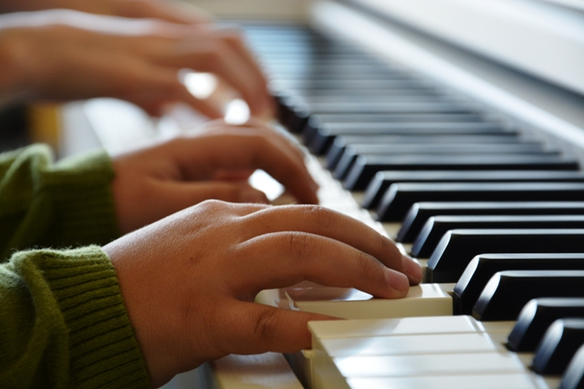 Piano - The afternoon club is in the form of individual piano lessons. Playing this musical instrument is an adventure. It increases the child's confidence and is also a kind of therapy.Aimed for:Aimed for: Primary School (2 - 4) and Secondary School (5-9)Lecturer: Alžbeta Remenárová / Margaréta PalíkováDuration: 30 minLevel of difficulty: 3 (high)
