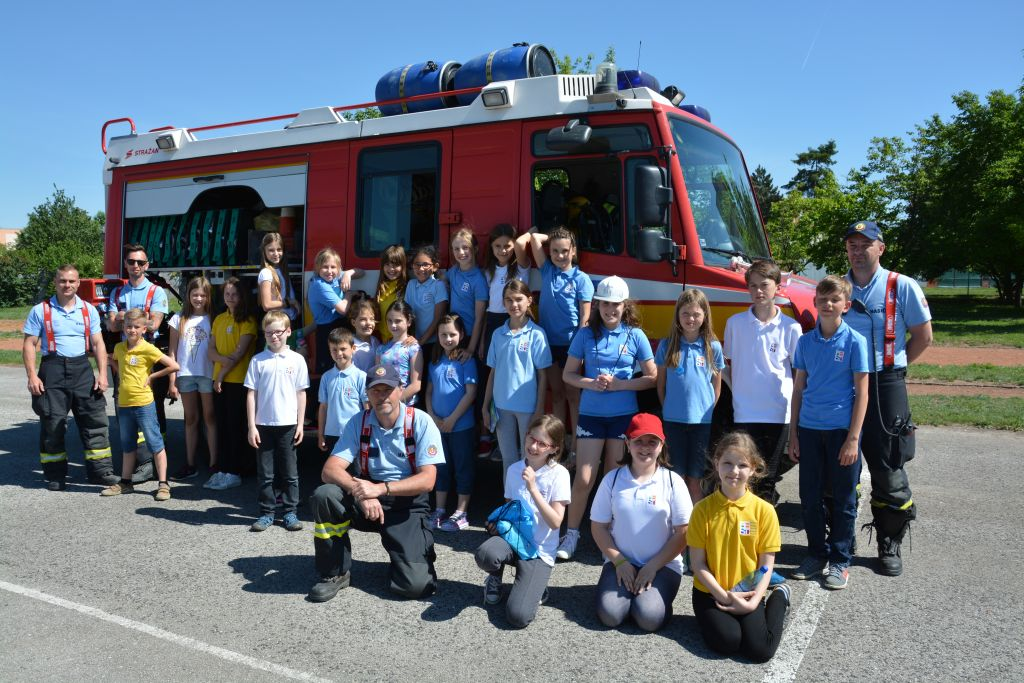 Fire and emergency department in school club