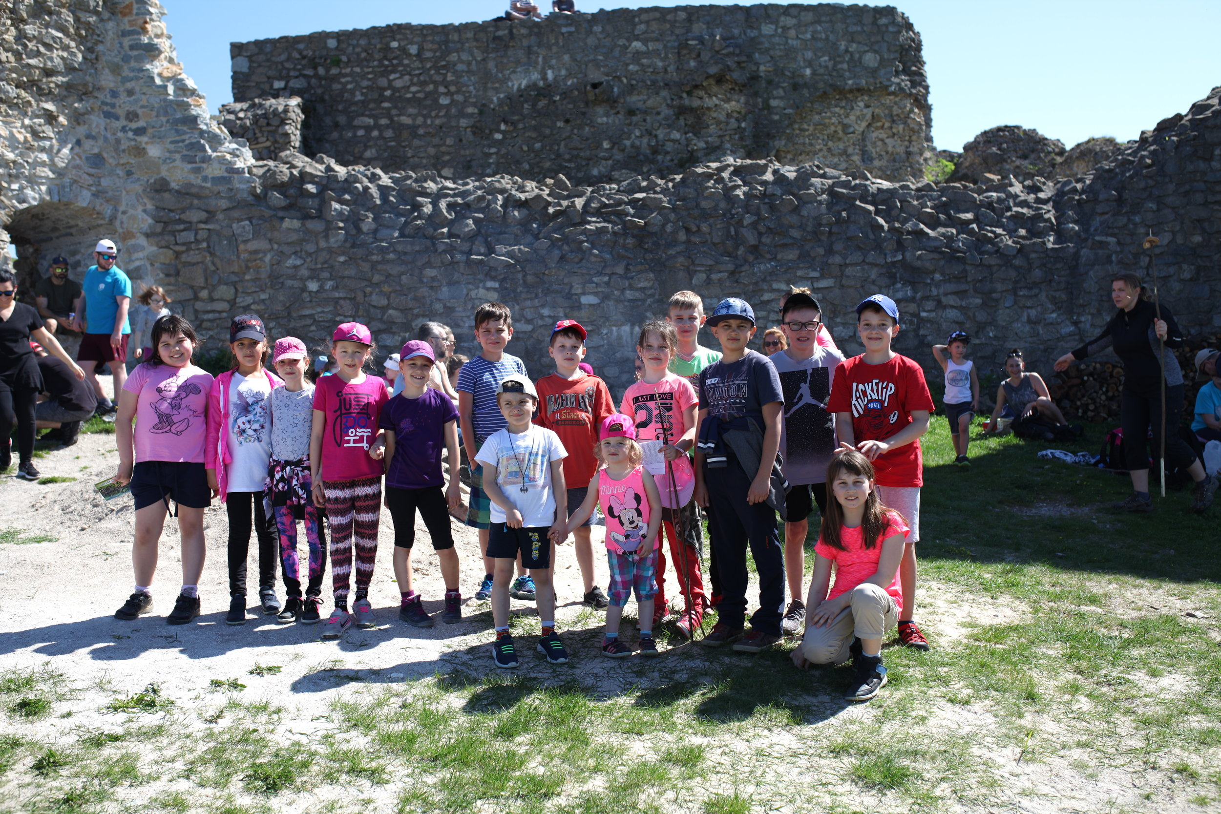 Hiking trip to the ruins of Branč Castle