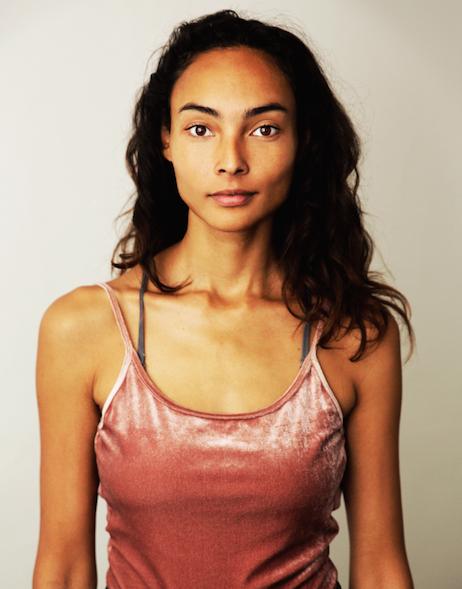 Diane Aurora Soa , clairvoyant & healing therapist