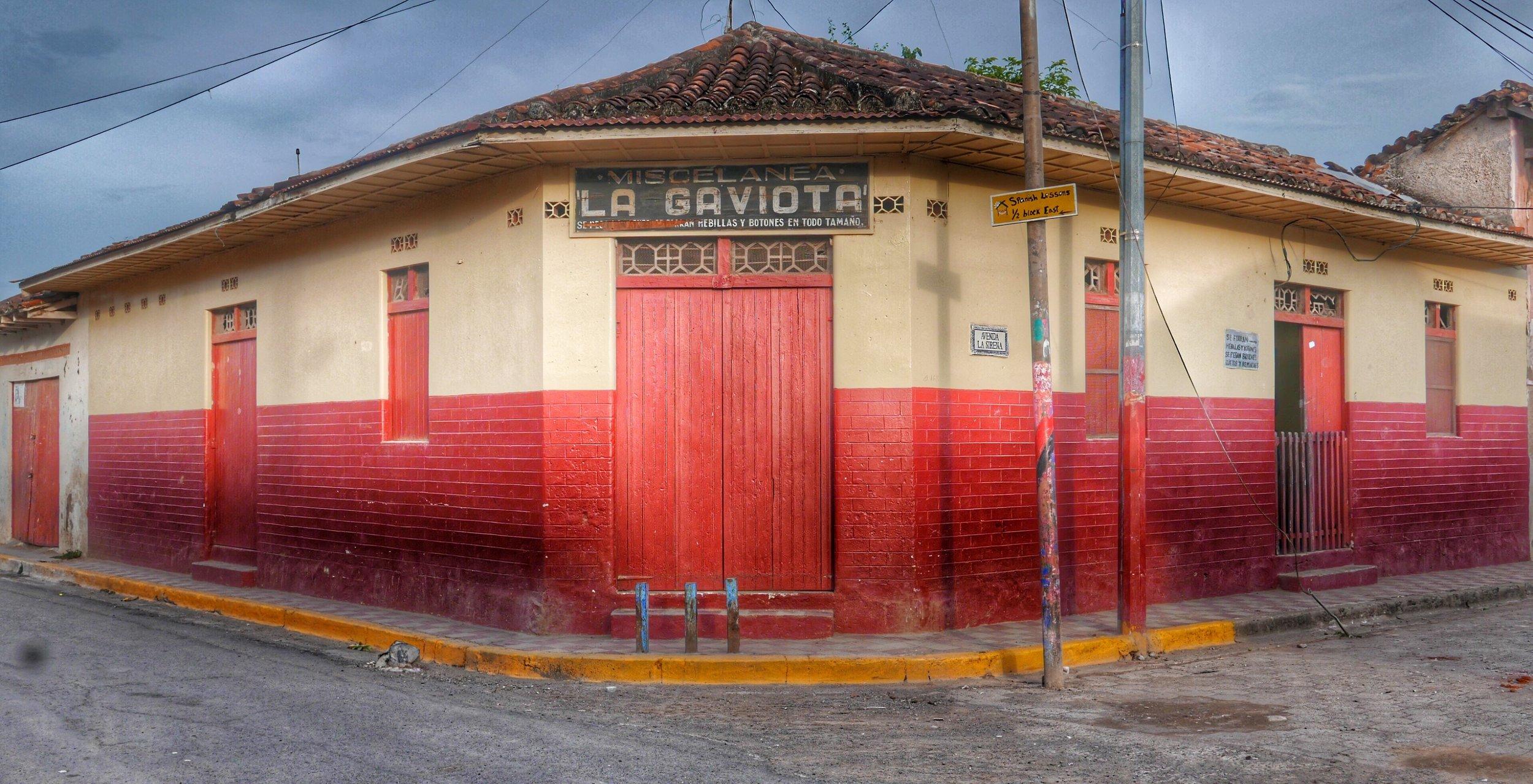 buildings-granada-nicaragua.jpg
