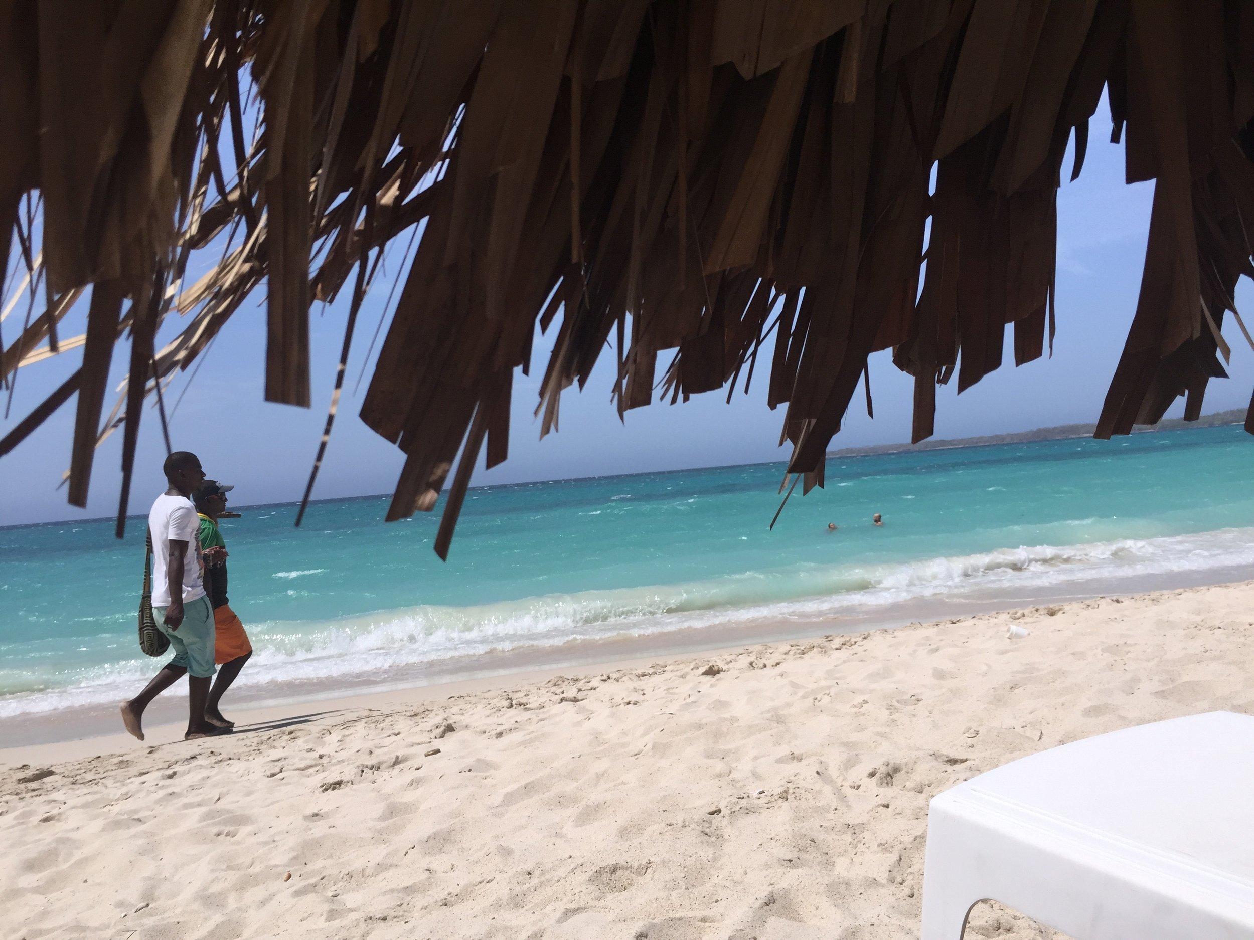 playa-grande-colombia.jpg