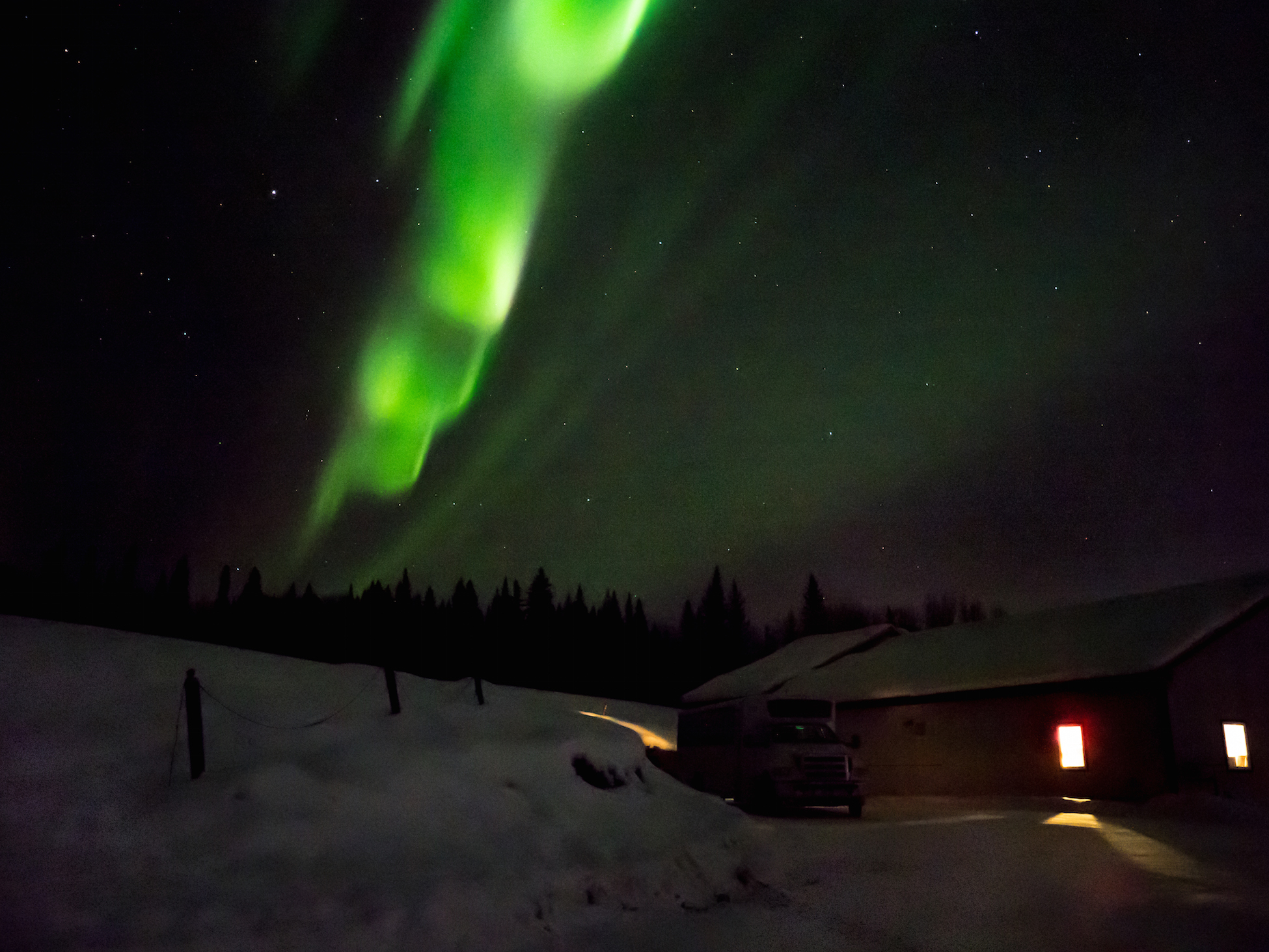 nothern lights fairbanks alaska .jpg