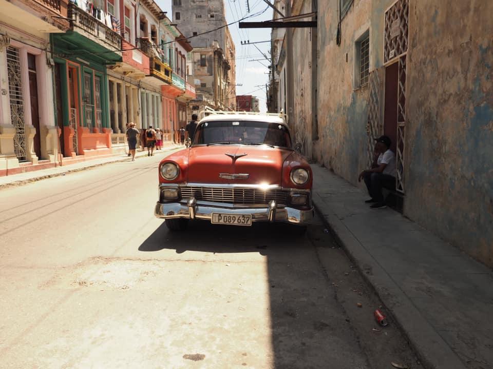 havana classic car.jpg