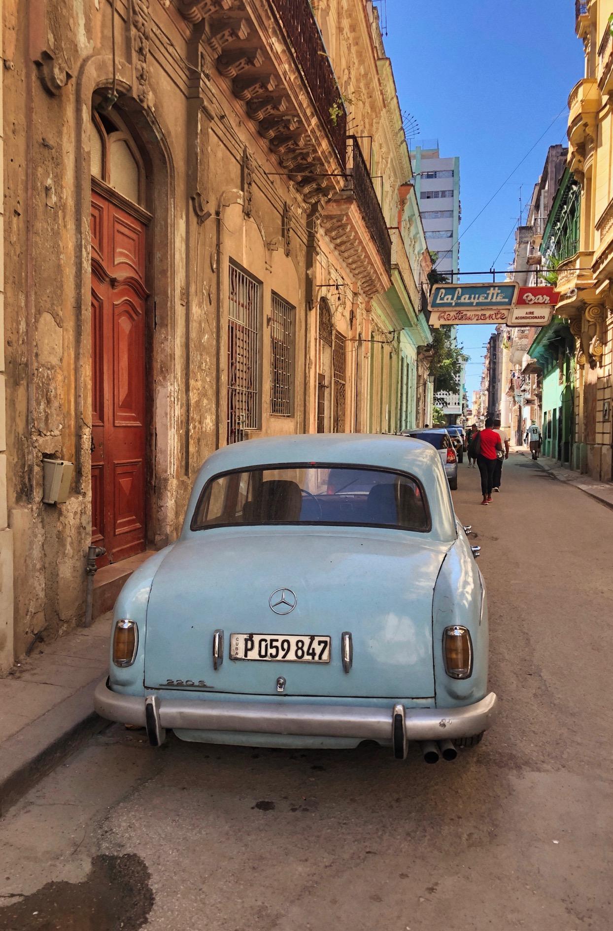 Street Photography in Havana copy.jpg
