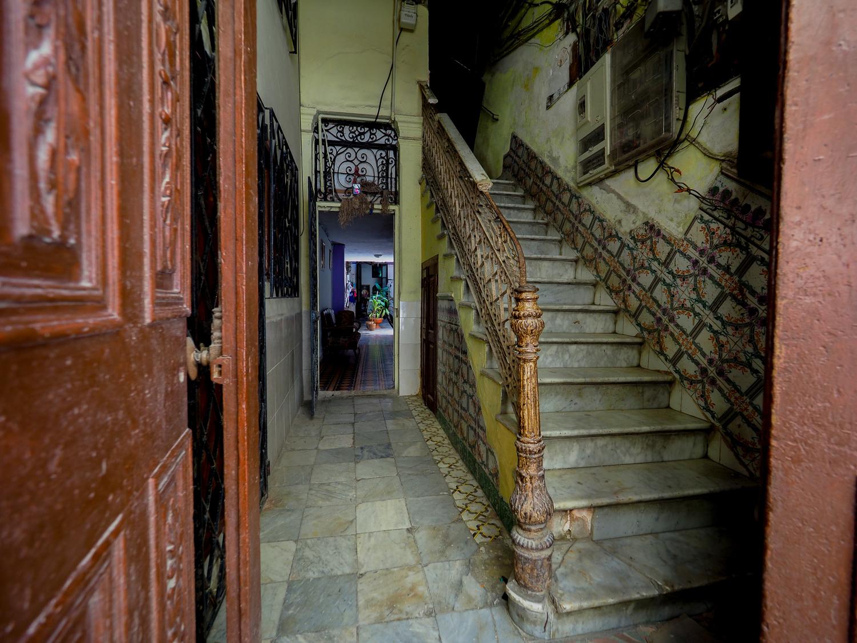 Havana Staircase Street Photography.jpg