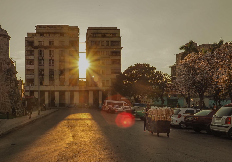 Havana Street Photography Vendor.jpg