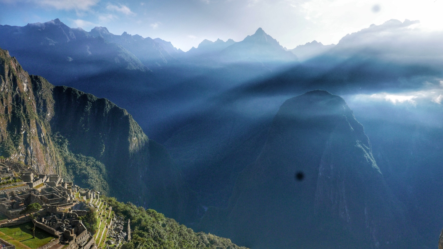 light over machu pichu.jpg